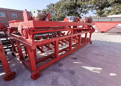 Guide rail type poultry waste compost fertilizer machine