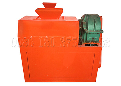 Compound fertilizer double roller pellet machine