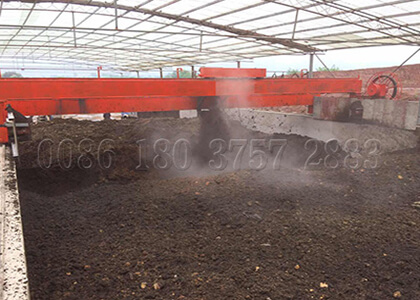 Large scale compost turner for trench compost making
