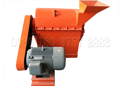 Semi-wet type compost powder pulverizing machine