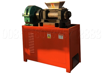 Dry fertilizer roller compactor machine